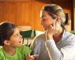 Giúp trẻ trao đổi cởi mở